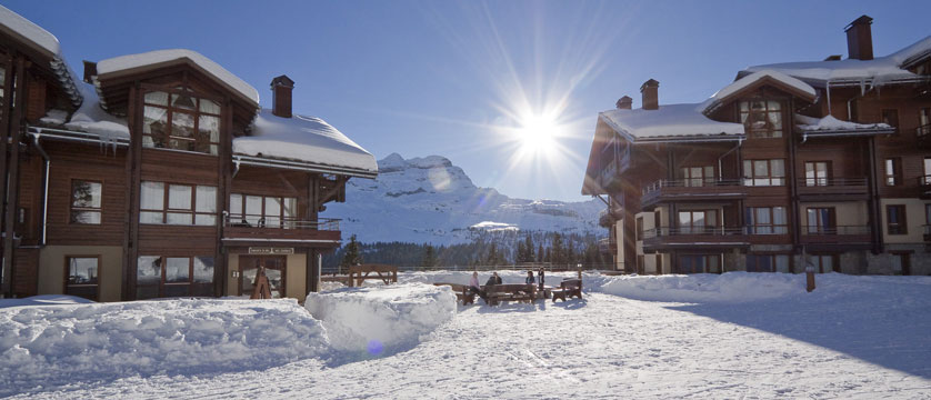 France_Flaine_montsoleil-terrasses-deos-apartments_exterior-winter.jpg